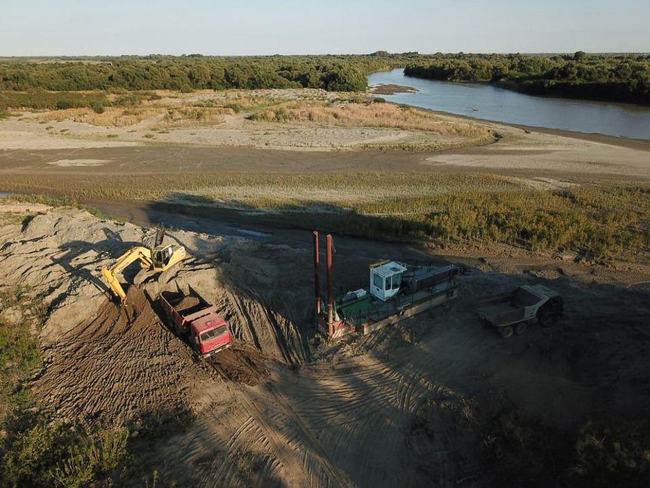 Первый этап дноуглубления Терека в Дагестане для защиты от паводков завершат в сентябре